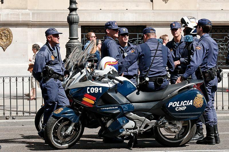 Hiszpańska policja (Policia Nacional)