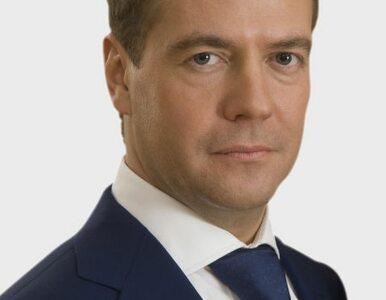 Miedwiediew ostrzega przed politycznym zastojem