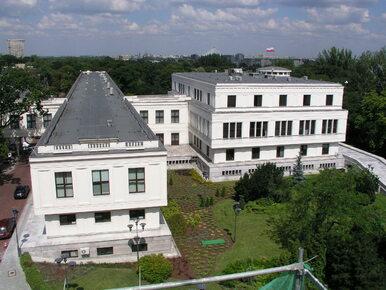 Senacka komisja rekomenduje przyjęcie ustawy o KNF bez poprawek. PO...