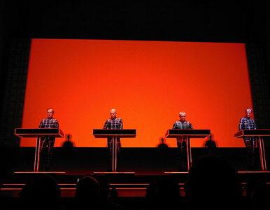 """Nazwali ładowarkę """"Kraftwerk"""". Zespół pozywa firmę"""