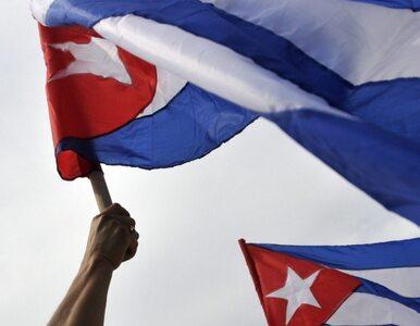 Kuba: papież rozmawiał z Castro, a policja zakładała kajdanki...