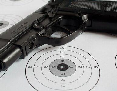 14-latek przez przypadek postrzelił się w głowę. Broń była kradziona