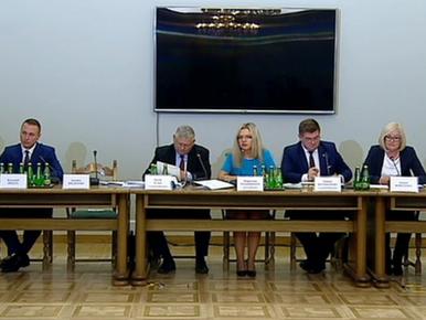 """Prezydent Gdańska zeznaje przed komisją ds. Amber Gold. """"Znam Michała..."""