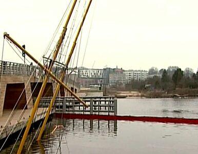 Szczecin: W porcie zatonął zacumowany  jacht