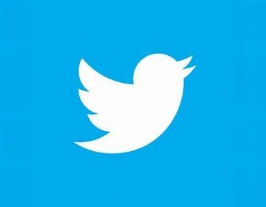 Prezydent o Twitterze: małe takie litery, zakładam okulary