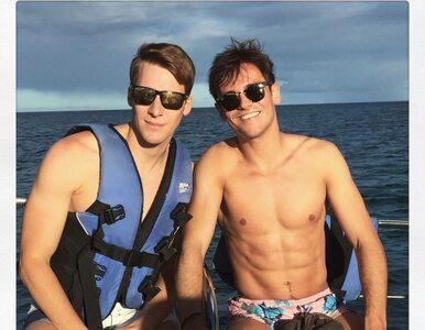 Mistrz olimpijski i jego o 20 lat starszy mąż tworzą szczęśliwą parę