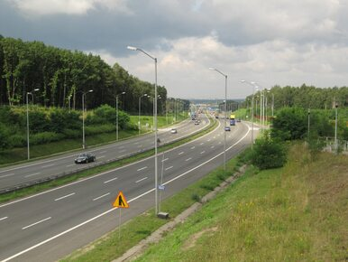 Przyspieszenie na drogach