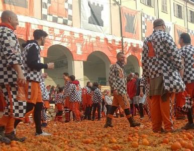 Tradycyjna bitwa na pomarańcze. 180 osób odniosło obrażenia
