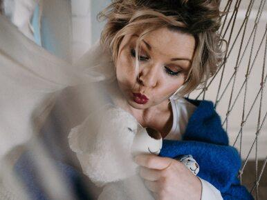 Agata Komorowska o macierzyństwie: Skoro krowa, kot i gęś wiedzą, co...