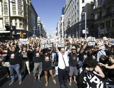 """Hiszpanie """"grają"""" rządowi na garnkach. Czwarty dzień protestów przeciw..."""
