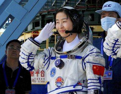 Chińczycy wysłali kobietę w kosmos - wybrali ją spośród matek ze...