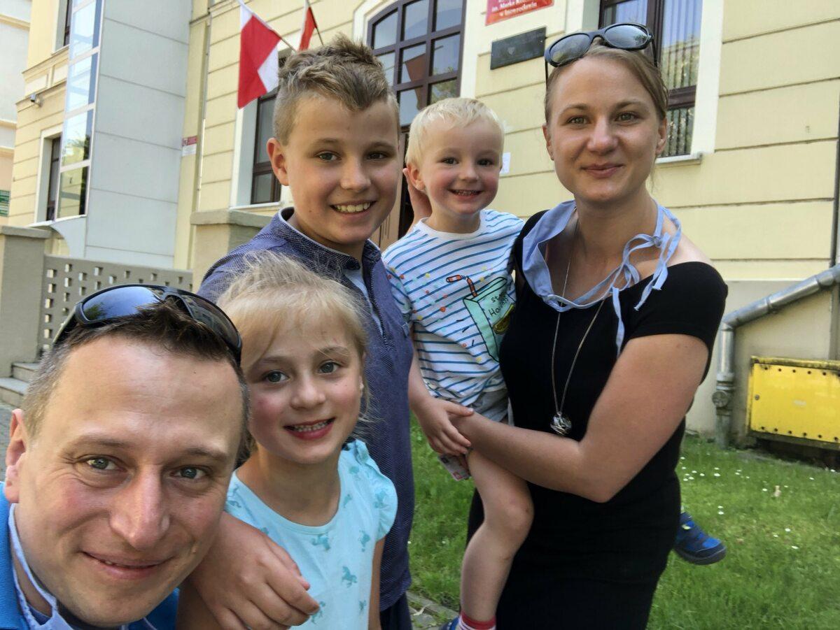 Krzysztof Brejza z rodziną