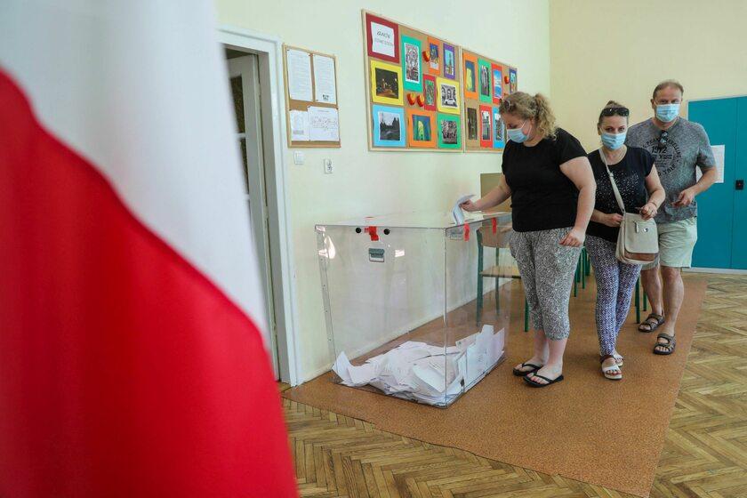 Lokal wyborczy w Krakowie