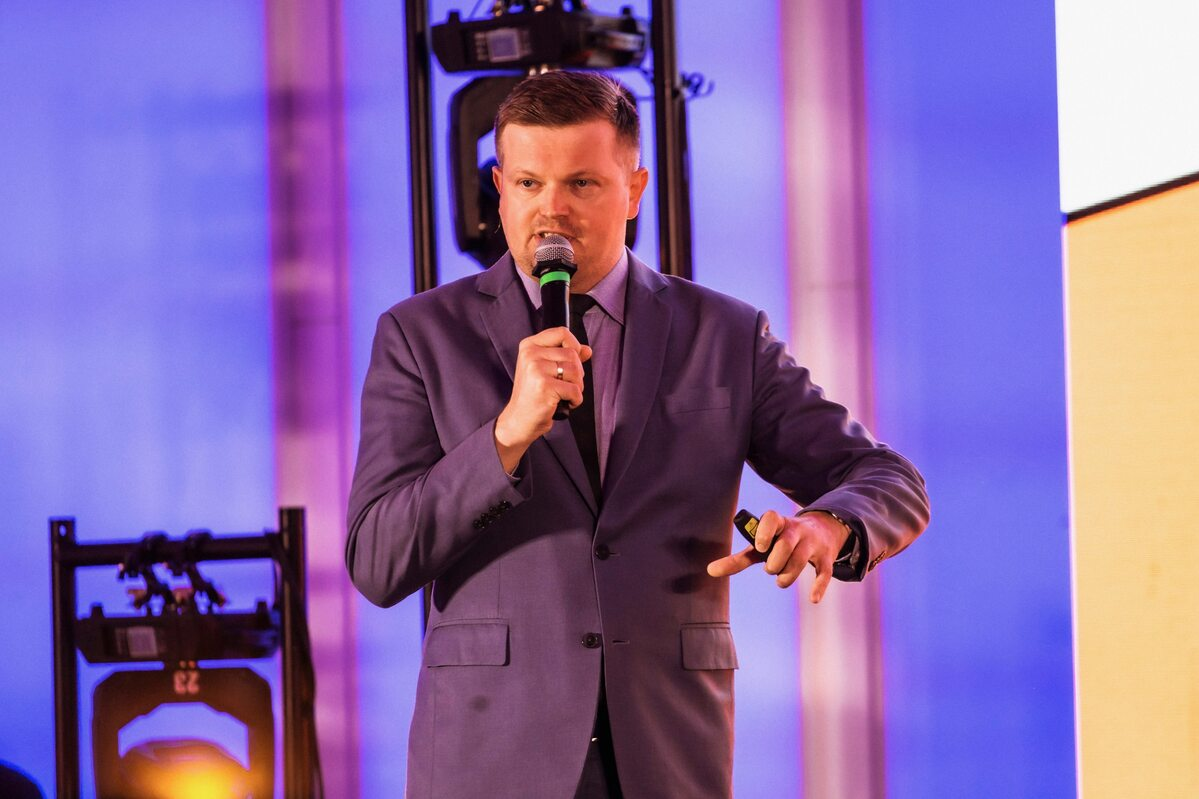 Przemysław Pączek Przemysław Pączek – Prezes firmy Hyper Poland