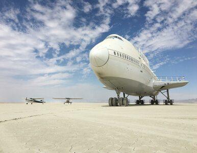 Samolot porzucony po imprezie Burning Man