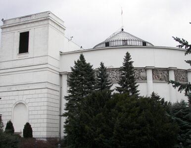 """""""Krzyż to symbol polskości - zostawmy go w Sejmie"""""""