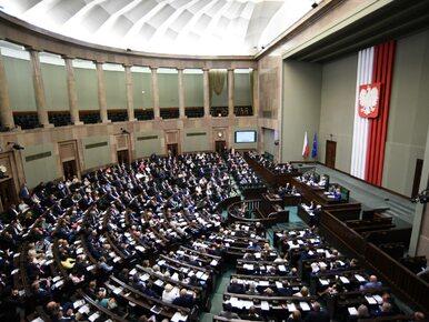 Sondaż. Spory spadek PiS, Nowoczesna poza Sejmem