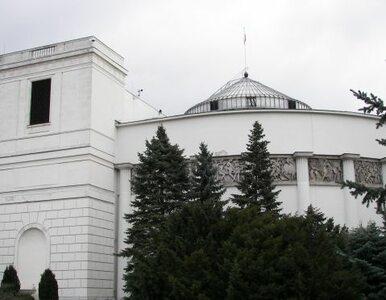 Co wydarzyło się pod Sejmem? Policja bada sprawę