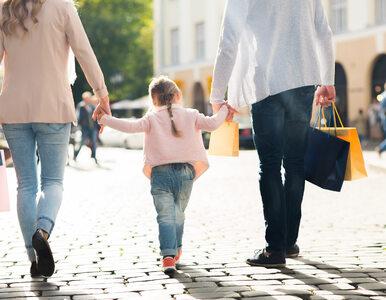 5 zachowań nadopiekuńczych rodziców, które ograniczają rozwój ich dzieci