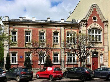 Nauczyciele z warszawskiego liceum napisali list do uczniów. Jego treść...