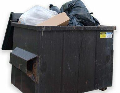 Włochy: mieszkańcy Palermo uwięzieni w domach przez... śmieci
