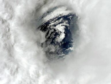 """Astronauta zajrzał w """"oko"""" huraganu Irma. Podzielił się spektakularnymi..."""