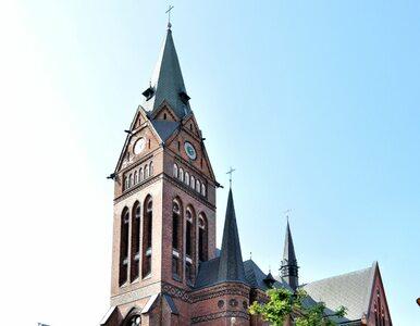 Szczecin. Bili księdza różańcem i chcieli odprawić mszę