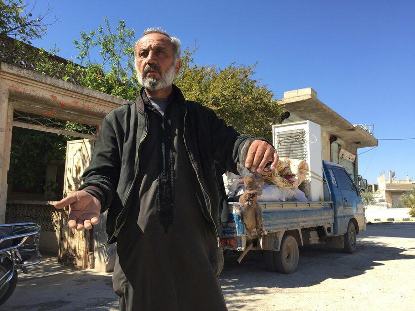 Ewakuacja po ataku chemicznym w Syrii, Idlib, 5 kwietnia 2017 roku