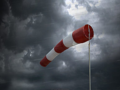 IMGW ostrzega przed silnym wiatrem. Powieje nawet do 100 km/h