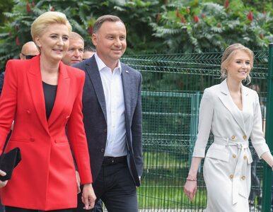 Wybory prezydenckie 2020. Andrzej Duda głosował w towarzystwie żony i córki
