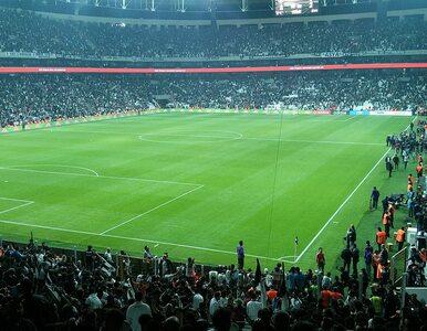 Zamach terrorystyczny przed stadionem Besiktasu Stambuł. Dwie eksplozje...