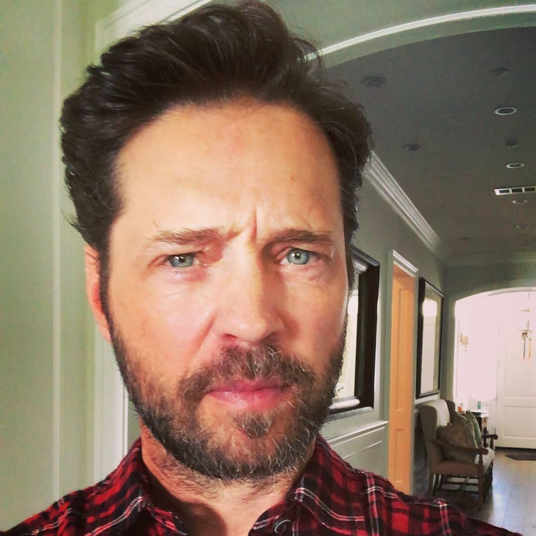 Jason Priestley wcielał się w rolę Brandona Walsha