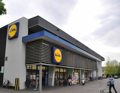 Produkt w Lidlu oburzył część klientów i radnego PiS. Sieć wydała...