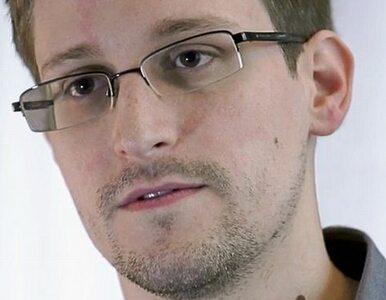 Snowden wciąż na lotnisku. Czeka na dokumenty