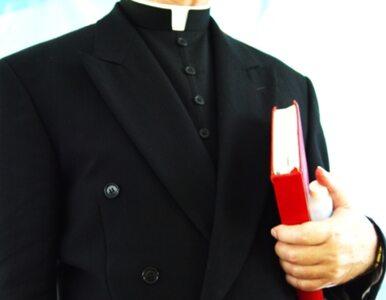 Niepokorny ksiądz oskarża biskupa Hosera