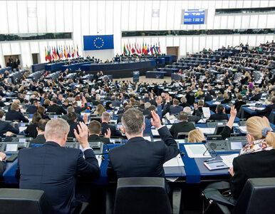 Europosłowie przyjęli rezolucję krytykującą Polskę. Chodzi o wybory...